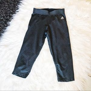 ADIDAS | Techfit Workout Leggings Capri Black Grey